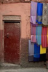 (Nijule) Tags: street door wall nikon colorful maroc marocco marrakech souk medina porte mur ocre fabrics color 2015 toffe d7100 nijule