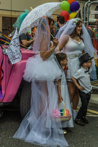 DUBLIN PRIDE 2015 [GAY PARADE]-106280