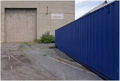 a day in seraing 4 (beauty of all things) Tags: blue belgium raum container blau belgien seraing raumordnung