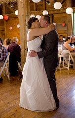 Kisses (HckySo) Tags: wedding sarah canon jones indian richard 5d farms 28 ladder 24mm