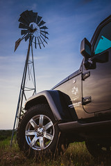 Windmill and Jeep at sunset (VoxLive) Tags: ranch sunset summer sahara windmill texas fuji jeep country fujifilm hillcountry unlimited jk xseries 23mm xt1 xtrans fujifilmxseries jeepofficial