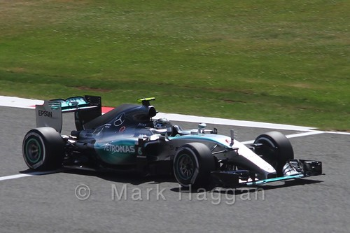 Nico Rosberg in qualifying for the 2015 British Grand Prix at Silverstone