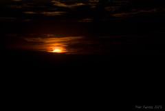 Hasta maana (Marmotuca) Tags: sun luz sol atardecer negro naranja anochece
