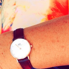 DW (Jean S&D) Tags: gold women daniel watch diamond wellington dw cadran horlogerie diamants danielwellington leahher