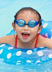 Ya te vi! (Blas Torillo) Tags: blue summer girl smile azul mxico mexico fun nikon toddler joy piscina nia swimmingpool verano sonrisa puebla diversin alegra alberca professionalphotography metepec fotografaprofesional mexicanphotographers d5200 fotgrafosmexicanos nikond5200