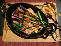 NY STRIP STEAK Prawns #dinner #family (乃文張) Tags: family dinner