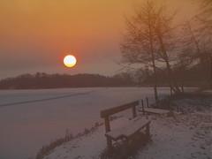 i love sunrise  P1072569 (hlh 1960) Tags: winter schnee snow nature natur landschaft landscape weiher pond heart love amore steg trees bäume sun sunrise sonne sol soleil eis ice cold kalt frost frosty germany