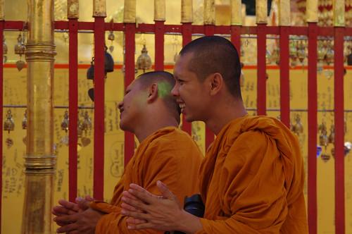Bonzes Wat Phrathat Doi Suthep à Chiang Mai