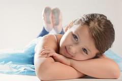 My favorite ballerina ever (Pelayo González Fotografía) Tags: girl child retrato portrait danza dance ballet tutu ballerina bailarina studio estudio