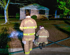 STAND-OFF ON CATOMA LANE RESULTS IN FIRE INSIDE HOME; OCCUPANT PRESUMED DEAD (cullmantoday) Tags: cullman police department frank kane fire rescue swat team house arson catoma lane kenny culpepper edward reinhardt county alabama fatality