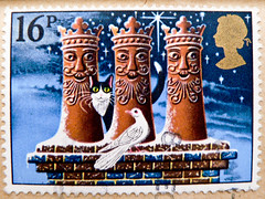 great xmas stamp GB Great Britain 16p  Biblical Magi (Die drei Weisen; Die Hl. Drei Könige; Magi Bibbia, Reyes Magos, Napkeleti bölcsek, Três Reis Magos, Три царя, 東方三博士, drie koningen, Müneccimler, Три царі, Trzej Królowie, Hommikumaa targad, hellige tre (stampolina, thx! :)) Tags: stamps 切手 briefmarken スタンプ postzegel марки टिकटों แสตมป์ znaczki 우표 frimærker frimärken frimerker 邮票 طوابع francobollo francobolli postes timbres sellos selos razítka γραμματόσημα bélyegek markica маркица pulları tem perangko gb uk unitedkingdom greatbritain england grossbritannien xmas christmas weihnachten navidad merrychristmas pullar frimaerke granbretagna granbretaña vánoce χριστούγεννα クリスマス 圣诞节 рождество jul natale bożenarodzenie noel postage briefmarke timbre yóupiào марка poštarina wysyłka biblicalmagi diedreiweisen heiligendreikönige magibibbia reyesmagos napkeletibölcsek trêsreismagos трицаря 東方三博士 driekoningen helligetrekonger müneccimler trzejkrólowie hommikumaatargad