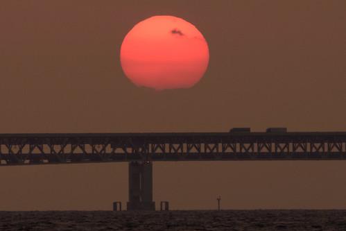 関空・夕景11・Sunset over Kanku Airport Bridge