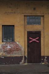 IMGP7310 (hlavaty85) Tags: forbidden room railways nádraží dveře zákaz
