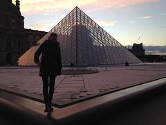 Sunday in Paris (Nblondine) Tags: paris pyramidedulouvre louvrepyramid