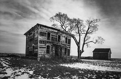 on the road to kansas house (Aces & Eights Photography) Tags: abandoned abandonment decay ruraldecay oldhouse abandonedhouse