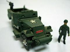 U.S. ARMORED SCOUT CAR m3 a1 - ESCI (RMJ68) Tags: car toy us war military guerra scout plastic militar kit plastico armored 172 juguete maqueta esci m3a1
