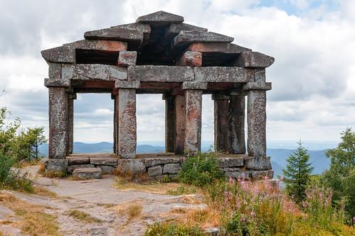 Le Temple du Donon (Altitude : 964 m)
