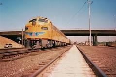 UP 949 Sacramento, California 1997 (ScholzRUNNER) Tags: railroad heritage up yellow e 1997 armour e9 unit streamliner uprr 949 unionpacificrailroad operationlifesaver