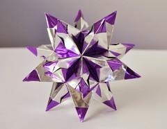 Foil Bascetta star (o0o0oecho0o0o) Tags: bascettastar origami foil doublesidedfoil papercraft ornament christmas metallic purple silver star modular craft spikystar