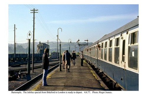 Barnstaple. Jubilee train for London. 4.6.77