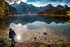 Almseewanderung (Ralph Punkenhofer) Tags: berge familie outdoor sonne almsee autumn herbst mountains wandern wasser water natur nature naturephotography nikon d750 sunshine sonnenschein blue sky blauer himmel