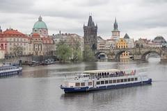 Sailing in Prague (Txulalai) Tags: praha prague praga republicacheca chequia agua moldava vltava arquitectura monumento puente bridge travel sonya6000 sonyilce6000 sony sonyalpha6000