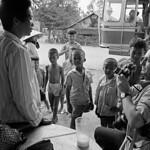Saigon 1972 - Photo by A. Abbas - Nhiếp ảnh gia René Burry của Magnum đang hành nghề thumbnail
