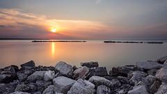 Bari 1 (Electras) Tags: light sea costa sun stone gold italia tramonto nuvole mare all cielo hour sole roccia acqua colori puglia spiaggia luce bari paesaggio città aperto panorami litorale bagnasciuga approvato