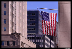 Manhattan flag (Dan Wiklund) Tags: city nyc newyorkcity usa house newyork skyscraper manhattan flag american d800 2014 rban