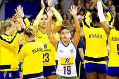 Brasil x Japo (Pru Leo) Tags: sports japan brasil brazilian volleyball olympic olympics olimpiadas brasileira japonese volei mikasa fivb olmpicos cbv zrg rio2016 japanvolleyball brazilianvolleyball