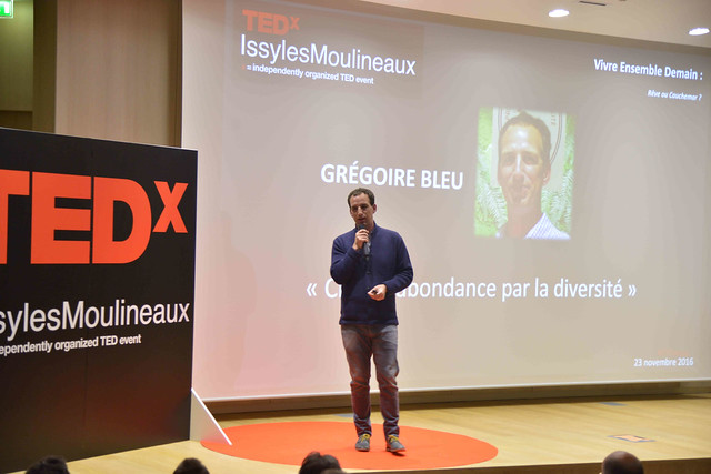 2016-11-23 - TEDxIssy-01 - Speakers (18h49m42) - Grégoire BLEU