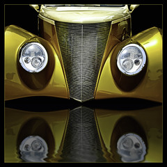 Hot Rod Heaven ! (Steve Corey) Tags: 2007before hotrods throwbackthursday detroit evileyes flood showandshine customcars