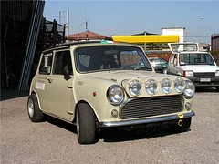 "mini_cooper_1.0_00 • <a style=""font-size:0.8em;"" href=""http://www.flickr.com/photos/143934115@N07/31898051416/"" target=""_blank"">View on Flickr</a>"