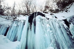 Frozen fall (threepinner) Tags: velvia mountainsnaps selfdeveloped sekor 50mm f63 positive iso50 fall winter ice mamiya universal press shiraoi hokkaidou hokkaido northernjapan japan 白老 山北沢滝 北海道 北日本 日本