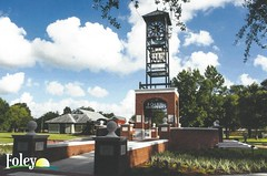 Centennial Plaza Clock Tower (King Kong 911) Tags: postcards foley roses trains museum park bell tower heritage