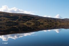 Reflection (MNP[FR]) Tags: 2016 ecosse scotland sky landscape reflection clouds loch samsung lac paysage ciel nuage reflets symétrie nx1