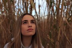 Carlota & Andrea (galwachs) Tags: girl fille chica noia invierno winter cold frío elprat llobregat barcelona photoshoot sesión persona person