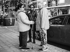 ... (J. Garcia2011) Tags: momocromo monochrome blancoynegro byn bn blackandwhite bw callejera calle streetphotography street g11 valencia comunidadvalenciana
