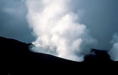 Stromboli, een actieve vulkaan, Liparische Eilanden, Italië 1989 (wally nelemans) Tags: stromboli vulkaan volcano vulcano liparischeeilanden lipayislands isolelipari italië italy italia 1989