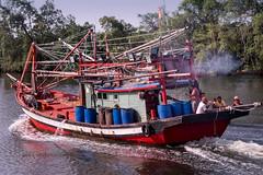 Going (zol m) Tags: klickr zolmuhd zolsimpression fishermen river cuticutimalaysia sgkemasin boat bachok tawang kelantan fujinon impressionbyzolmuhd fujifilm