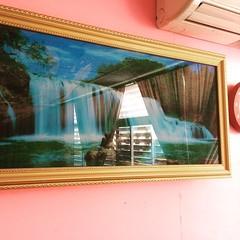 ขายกรอบรูปมีไฟด้านใน สวยมากๆ เอาไปประดับตกเเต่งที่บ้านล่ะกัน 555 พอดี ไม่ได้เสียบเลย เสียดายความสวยงาม  เอาไปเลย 2,000฿ถ้วนๆ 084-639-1453 ไลน์มาที่ Markvipcarthailand