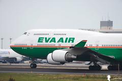 B-16412 EVA AIR Boeing 747-400 - cn 29112 (Steven Weng) Tags: cn tia eva air boeing 500mm 747400 29112 rctp  b16412 eos1ds2 aircrafttaiwan canon