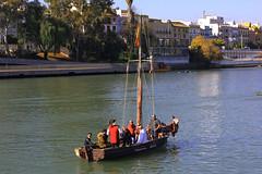 Sur le Guadalquivir (hans pohl) Tags: espagne andalousie séville fleuves rivers bateaux ships cities villes maisons houses trees arbres