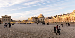 Palace of Versailles (Koupal D) Tags: architecture people manfrotto nikond610 nikkor nikon sky clouds nikon2470mmf28 france historical palaceofversailles