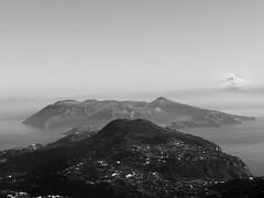 eolie_lipari_panorama_vulcano (Le isole d'Italia) Tags: eolie lipari vulcano panarea stromboli alicudi landscape view bianco nero bw