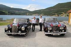 Mercedes Adenauer and Rolls Royce at Amla (arnybo) Tags: norway norge rollsroyce vestlandet sogn noreg sogndal veteranbil sognogfjordane veterancar kaupanger amla mercedesadenauer