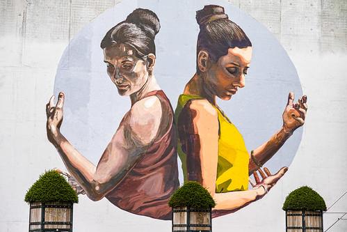Louvain-La-Neuve - fresque (Mariela Ajras et Milu Correch)