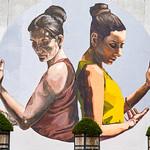 Louvain-La-Neuve - fresque (Mariela Ajras et Milu Correch) thumbnail