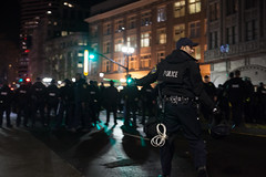 Running to the line (dak1b2006) Tags: oakland protest 2017 riot policegearriotgear police cops news freedom