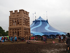 The People's Tower (SteveInLeighton's Photos) Tags: england june festival glastonbury pilton somerset 2016 tower mud